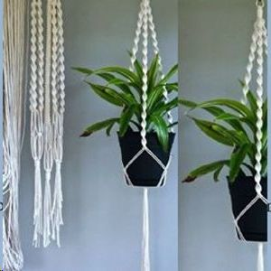 Macrame pot holder making workshop
